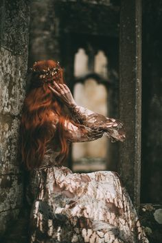 A Gothic Fairytale Queen Aesthetic, Gothic Aesthetic, Princess Aesthetic, Witch Aesthetic, Book Aesthetic, Dark Fantasy, Fantasy Magic, Fantasy Art, Bild Girls