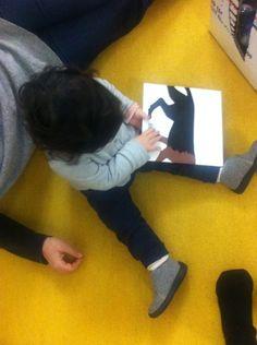 Leggere ai bambini piccoli | Mangia che ti mangio, Iela Mari, Topipittori editore
