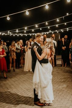 Your first dance at your wedding reception is the one detail you shouldn't leave to chance. Here are the top 8 reasons.....learn more #perthweddings #perthweddingdancelessons #weddingdancetips #firstdance #weddingparty #weddingdance #weddings #bridetobe #weddingplanning