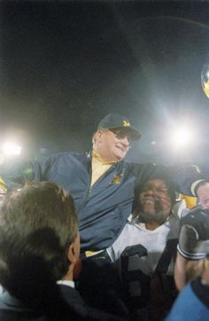 Players carry coach Bo Schembechler after U-M defeated USC in the Rose Bowl, Jan. 2, 1989. (David Coates / The Detroit News)