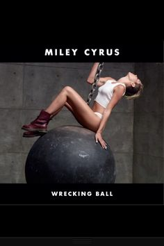 Miley Cyrus, Wrecking Ball single