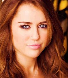 Miley Cyrus,Say what you want about her hairstyles, nothing shows her seductive eyes like darker hair!