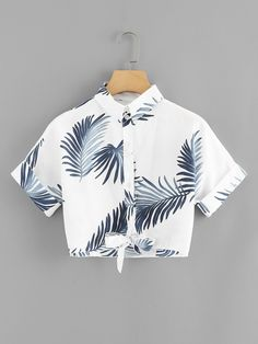 Leaf Print Knot Hem ShirtFor Women-romwe Source by ngustyan outfits verano Girls Fashion Clothes, Teen Fashion Outfits, Outfits For Teens, Girl Outfits, Crop Top Outfits, Cute Casual Outfits, Stylish Outfits, Vetement Fashion, Elegantes Outfit