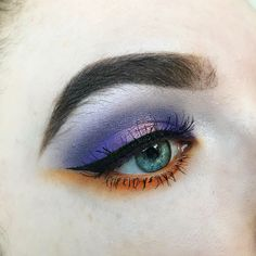 gd eye makeup look using the morphe 35C palette and the makeup revolution mermaids forever palette - anastasia beverly hills dip brow in dark brown on brows ⭐️