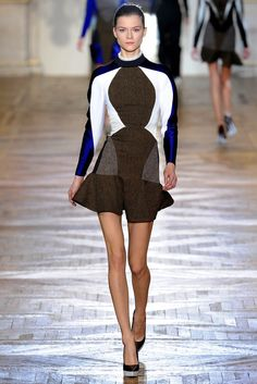 See the complete Stella McCartney Fall 2012 Ready-to-Wear collection.