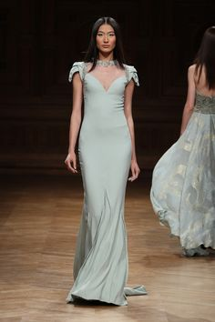 Tony Ward Couture Fall Winter 2014/15 Collection I Style 04