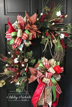 DIY: How to Make Your Own Silver Christmas Table Wreath - The Trending House Silver Christmas Decorations, Diy Christmas Ornaments, Christmas Crafts, Christmas Things, Vintage Ornaments, Vintage Santas, Christmas Music, Christmas Christmas, Christmas Lights
