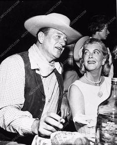 photo candid John Wayne Rocky Cooper (Mrs. Gary Cooper) chow time 333-21