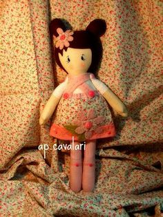 A doll called Anita would be a welcome addition to any little girls playtime. www.facebook.com/... bonecas de tecido feita por ana paula cavala  bonecas de pano chamada Anita,  feita por  Ana Paula Cavalari www.facebook.com/apcavalari