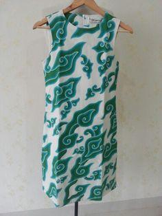 Batik mega mendung shift dress. Dress is made by Dongengan (Facebook: https://m.facebook.com/dongengan)