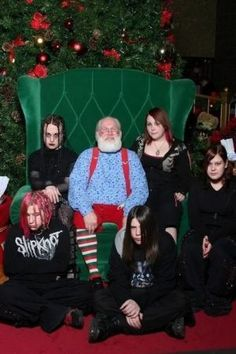 Pictures with Santa - on the dark side