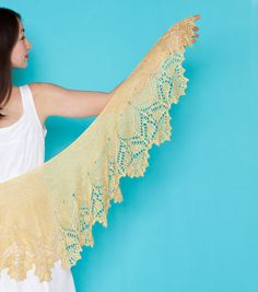 I'm not a shawl girl but even I think that's gorgeous. Stellaria by Susanna IC.