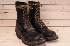 Vintage made in USA black Red Wing steel toe work boots size 9