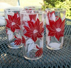 Vintage Drinking Glasses Set of 4 Swanky Red and White Flowers