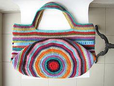 Ravelry is a community site, an organizational tool, and a yarn & pattern database for knitters and crocheters. Crochet Market Bag, Crochet Tote, Crochet Handbags, Crochet Purses, Crochet Slippers, Filet Crochet, Crochet Yarn, Best Handbags, Nice Handbags