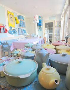 """""""allemaal kleurtjes mijn verzameling pastel servies Petrus Regout: pastel servies Petrus Regout"""