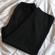 """Black jeans w/elastic waist 30"""" inseam 44"""" out seam Woman Within Jeans"""