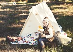 Oh Snap! – Build Your Own Photography Prop Tent | How Does She