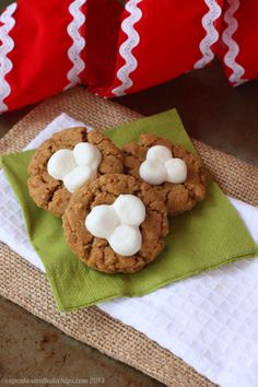 These cute little flourless cookies are as easy to eat as they are to make.
