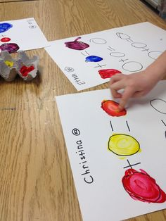 Color Wheel Projects: Mondrian Animals, Fingerpainting, and Edible Color Wheels