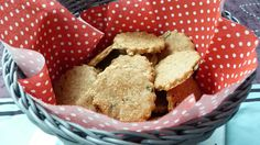 Petits sablés à l'épeautre, parmesan et graines – Le Repaire des Ventres Faims