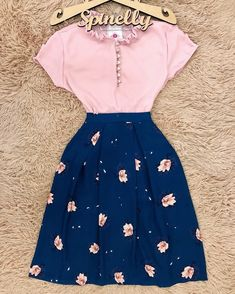 girly outfits for teenagers Teen Fashion Outfits, Mode Outfits, Girly Outfits, Skirt Outfits, Classy Outfits, Cute Fashion, Modest Fashion, Outfits For Teens, Chic Outfits
