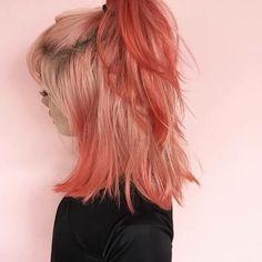 Peach hair color in half ponytail for medium length hair Ombre Hair, Pink Hair, Coral Hair Color, Peach Hair Colors, Hair Colours, Dye My Hair, Coloured Hair, Gorgeous Hair, Hair Looks