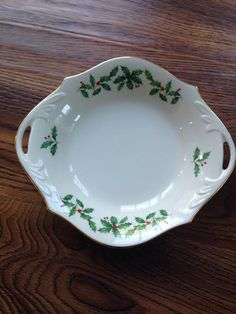Lenox Christmas Im Collecting Various Pieces Of This Design Classic Christmas Pattern And