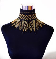 This Zulu beads Choker spread necklace is just one of the custom, handmade pieces you'll find in our chokers shops. Bead Embroidery Patterns, Hand Embroidery Designs, Beading Patterns, Embroidery Fashion, Embroidery Dress, Beaded Embroidery, Beaded Choker, Beaded Jewelry, Colar Boho