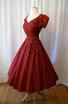 Garnet hued 1950s full skirted perfect. #1950s #dress #fashion #red #beading #vintage #fifties