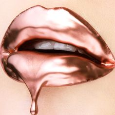 - products available from ➡️ link in bio ・・・ Amazing lip art by using Graftobian Cosmetic Powdered Metals in Copper mixed with a clear lip gloss! Lip Art, Lipstick Art, Lipstick Shades, Rose Gold Lipstick, Metallic Lipstick, Lipsticks, Liquid Lipstick, Glossy Lips, Matte Lips
