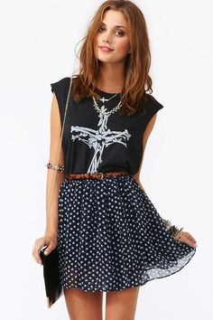 Maybe I should use my polka dot skirt in a more edgy way, like this.
