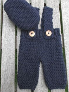 Great newborn photo prop!  Crochet overalls and Irish cap.  ChasenSophieBoutique