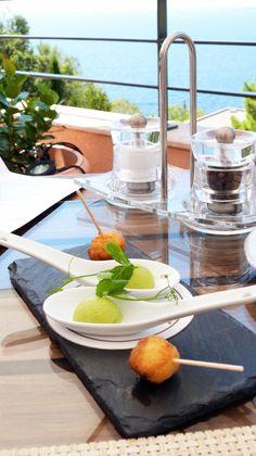 Le Tiara Yaktsa, du Luxe intimiste à la Haute Cuisine  http://luxury-touch.com/le-tiara-yaktsa-du-luxe-intimiste-a-la-haute-cuisine/