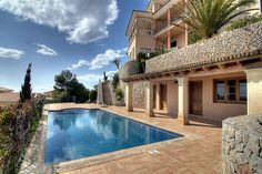 Have a fancy houses may be is the dream for some people. A big house or fancy house to live with family happy forever is the dream Luxury Pools, Fancy Houses, My Dream Home, Dream Homes, Dream Life, Home Design Plans, Favim, Mediterranean Style, Cool Pools