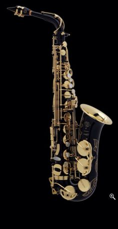 This is beautiful!! selmer paris series iii black lacquer alto sax! saxophones look so cool!!