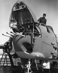 B-25 Mitchell Bomber shows her weapons. Total 8 x.50cals in nose (+side pods) and 1 x 75mm cannon (below)! Copying the weapon armament: RAF de Havilland Mosquito!