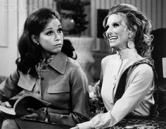 Mary Tyler Moore And Cloris Leachman on The Mary Tyler Moore Show