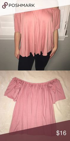 Nordstrom// peach colored off the shoulder top 10/10 condition, cute for upcoming spring&summer season! fits loose and comfy. Nordstrom Tops Blouses