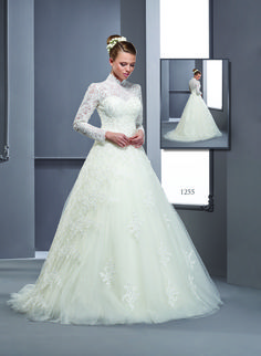 modest Long Sleeve Bridal Gowns