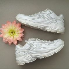 New Balance Cross training/walking shoes. Barely used. Excellent condition. New Balance Shoes Athletic Shoes