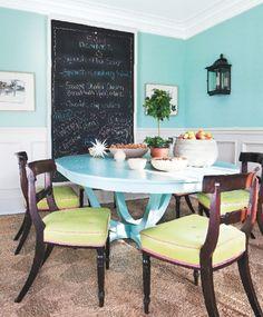 interior design by jeffrey bilhuber.  connecticut cottages & gardens.  lime linen and hot pink welting.