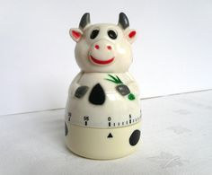 . Quirky Kitchen, Vintage Kitchen, Awesome Kitchen, Egg Timer, Kitchen Timers, Kitsch, Cool Kitchens, Cow, Eggs