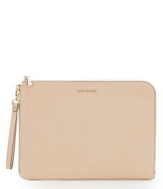 45 Best Handbags   Clutches images 23f6e4cab3