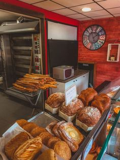 French Bakery Guide: What to Buy & How to Order