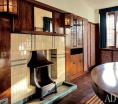 Delightful Dining Room Of 78 Derngate, I Love The Mackintosh Lights Either Side Of The  Fireplace | Craftsman / Arts And Crafts Style | Pinterest | Charles Rennie  ...