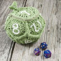 Marvelous Crochet A Shell Stitch Purse Bag Ideas. Wonderful Crochet A Shell Stitch Purse Bag Ideas. Crochet Geek, Crochet Gifts, Crochet Hooks, Free Crochet, Knit Crochet, Crochet Slippers, Purse Patterns, Crochet Patterns, Crochet Ideas