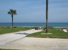 VRBO.com #324725 - Beach House 70 Feet from the Dunes No Streets to Cross----$108/person