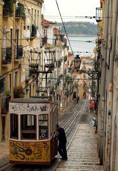 Lisbon * Lisboa * Lissabon