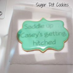 Sugar Dot Cookies: Tutorial - How to use Kopykake Projector to Decorate Cookies Sugar Cookie Frosting, Royal Icing Cookies, Cupcake Cookies, Sugar Cookies, Cupcakes, Cookie Recipes From Scratch, Delicious Cookie Recipes, Farm Cookies, Cookies Et Biscuits